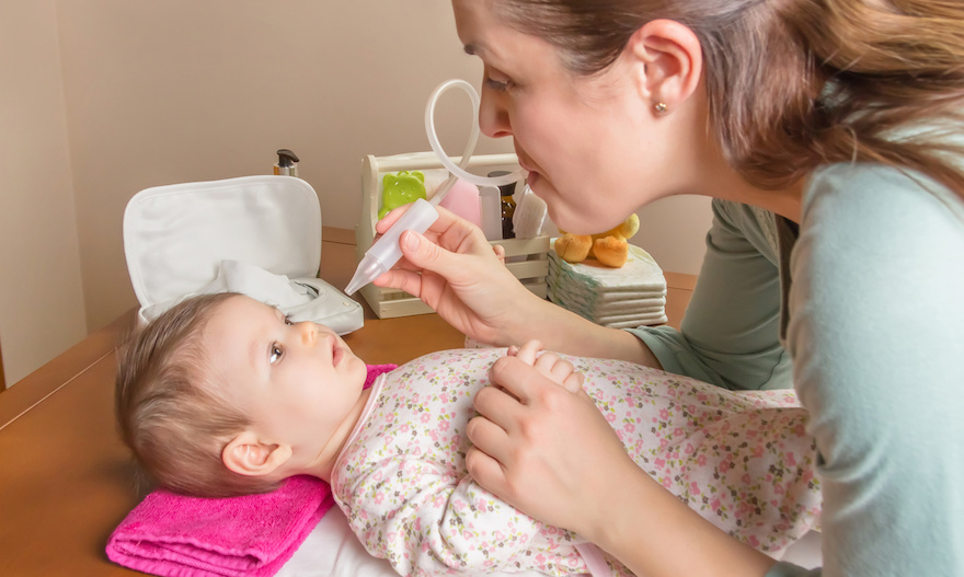 domowe sposoby na katar u niemowlęcia