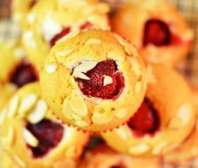 muffinki z truskawkami przepis