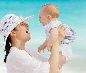 Jak pielęgnować skórę noworodka?
