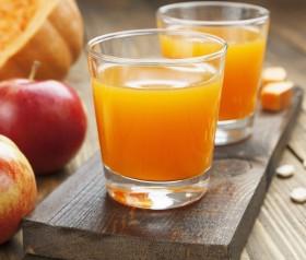sok z dyni i jabłka dla niemowlaka