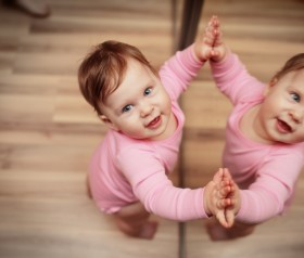zabawy dla niemowląt 10-12 miesiąc życia