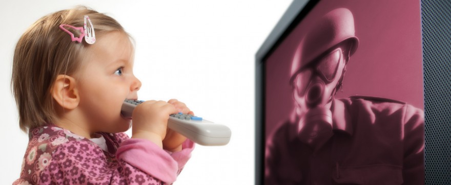 czy małe dziecko może oglądać telewizję