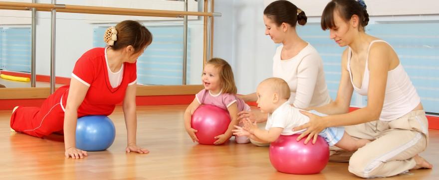 jak ćwiczyć z dzieckiem
