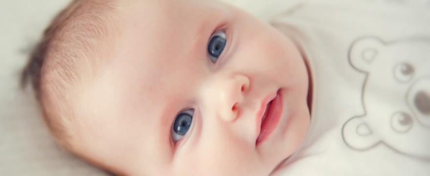 jak widzi noworodek
