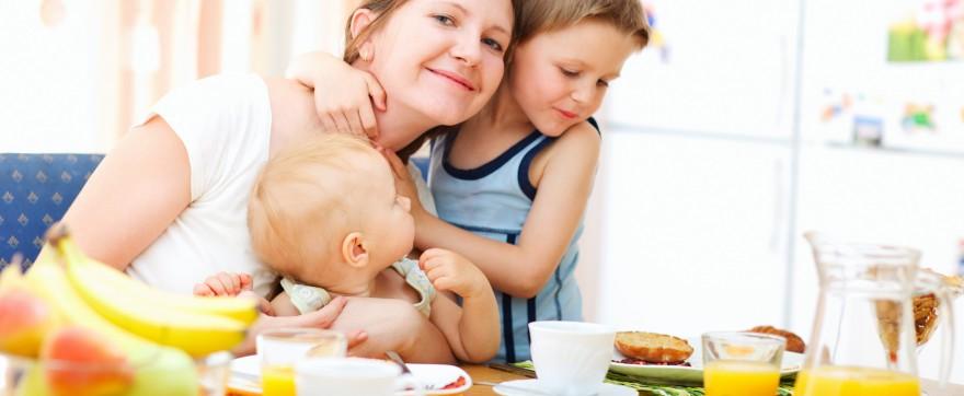 pożywne śniadanie dla rocznego dziecka
