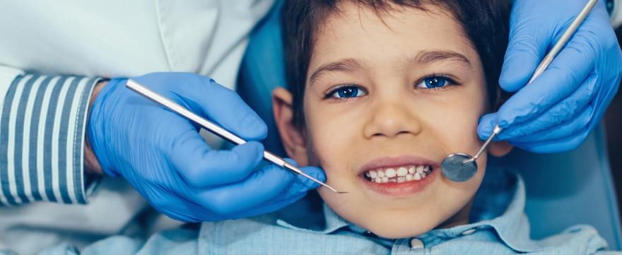 problemy z zębami u dzieci