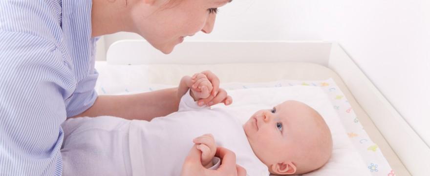 jak pielęgnować niemowlaka