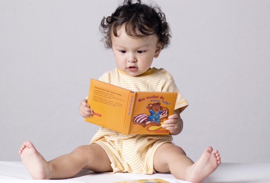 co powinno umieć roczne dziecko